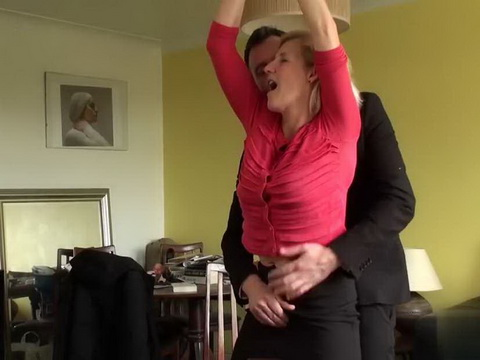 Mature Slut Gets What She Is Looking For